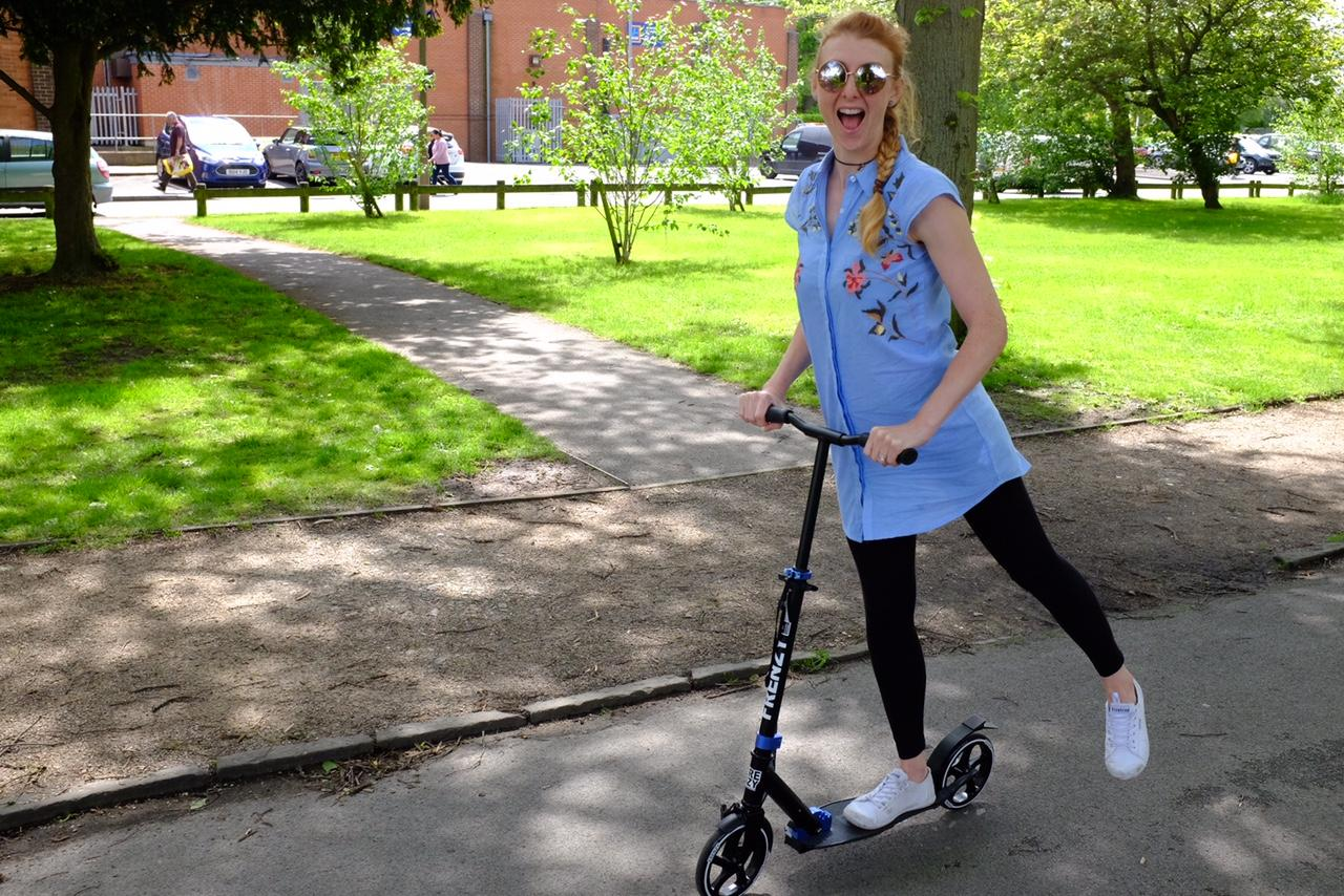 The Frenzy Scooter – REVIEW The Frenzy Adult 205mm Scooter