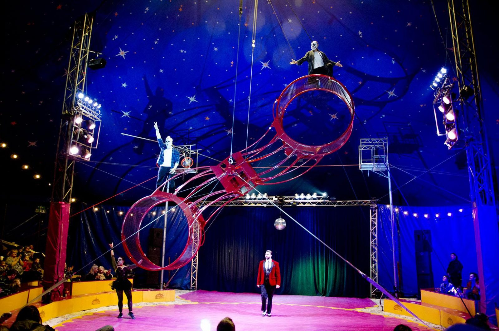 The Paulos Circus – **Review**