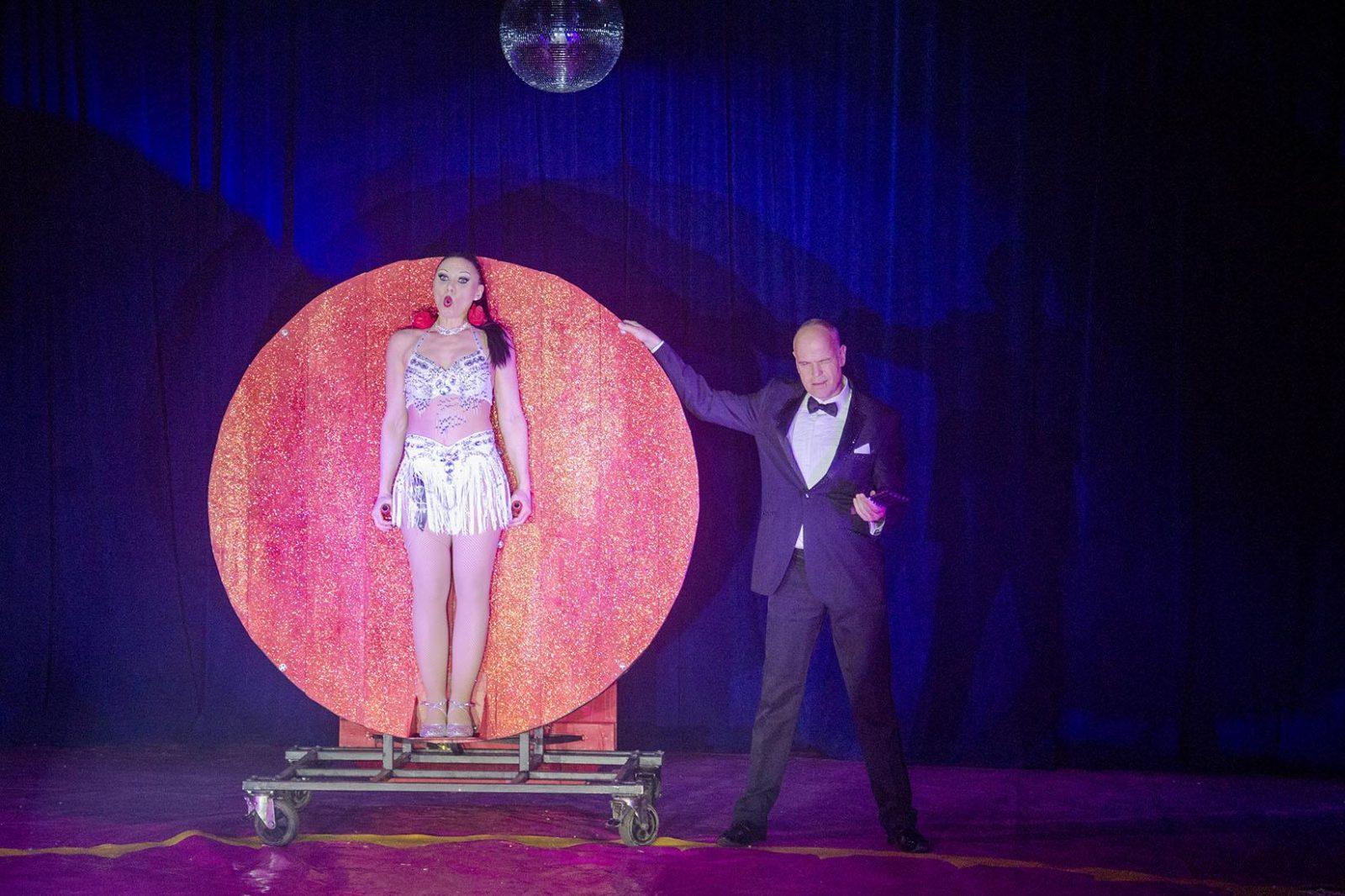 knife show paulos circus