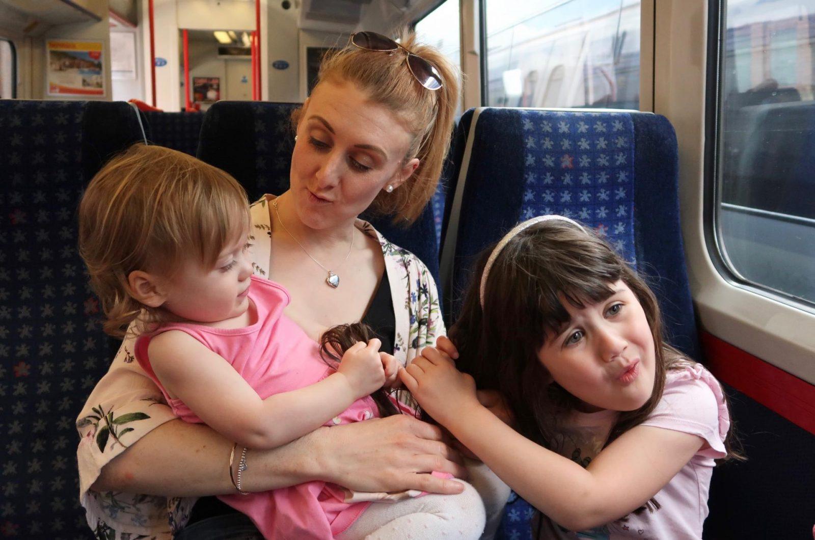Top Tips for Entertaining Children on Long Car Journeys