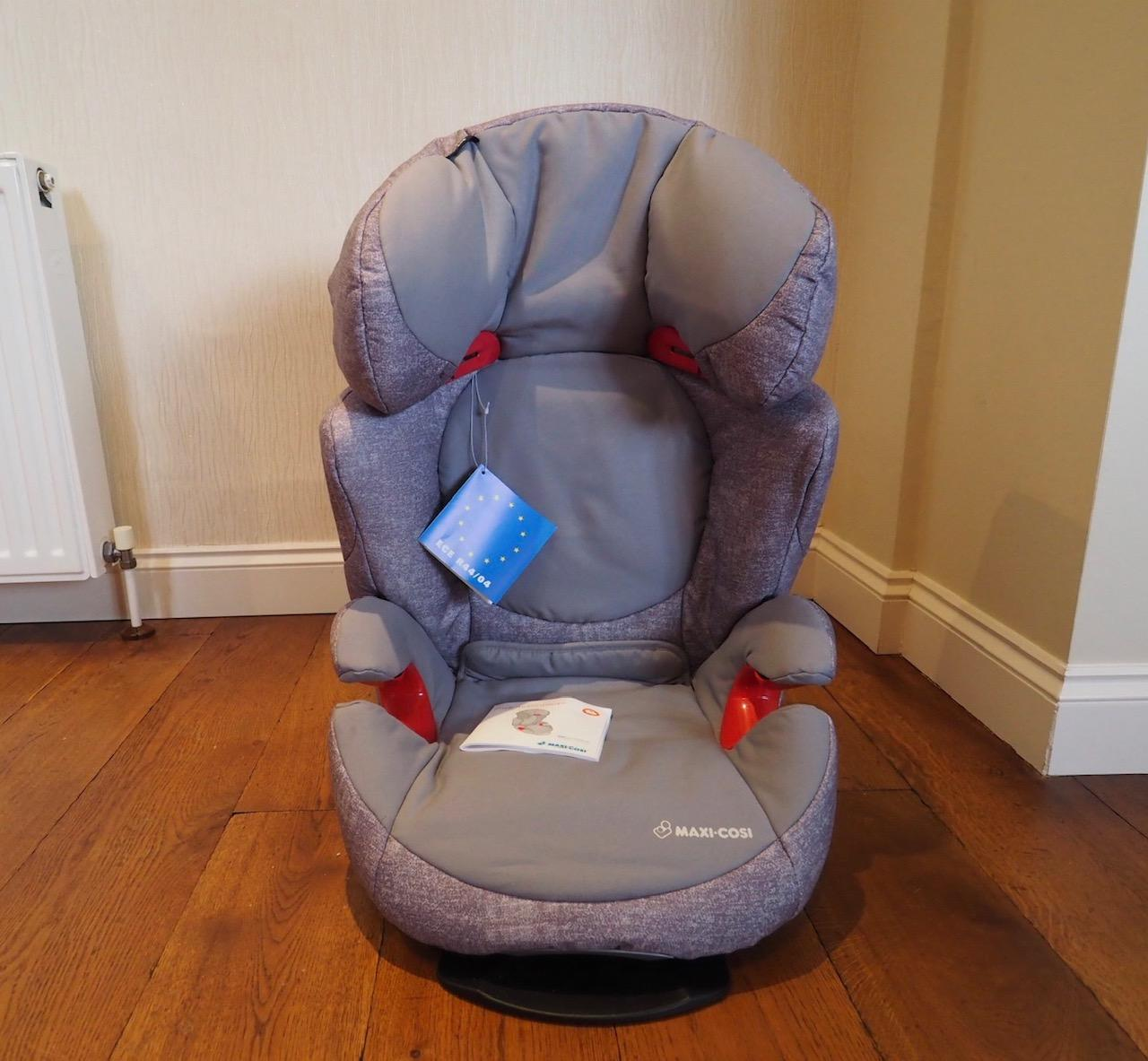 the maxi-cosi Rodi Air Protect car seat in nomad grey prior to installation