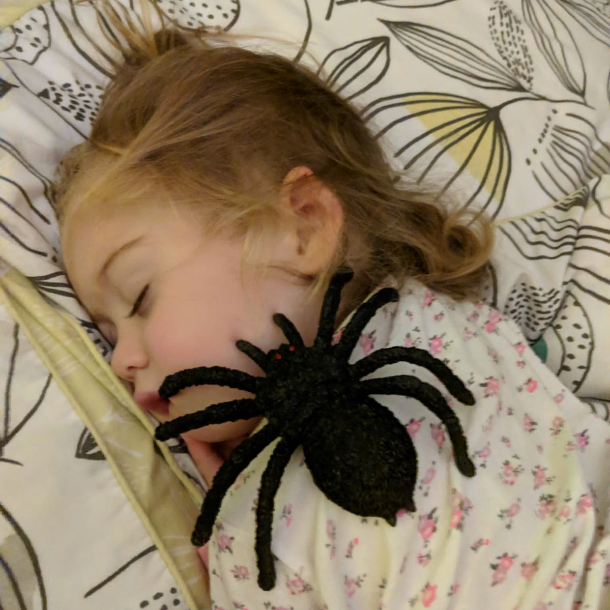 How We Get Our Kids to Bed Easily Before Baby Number 3 Comes