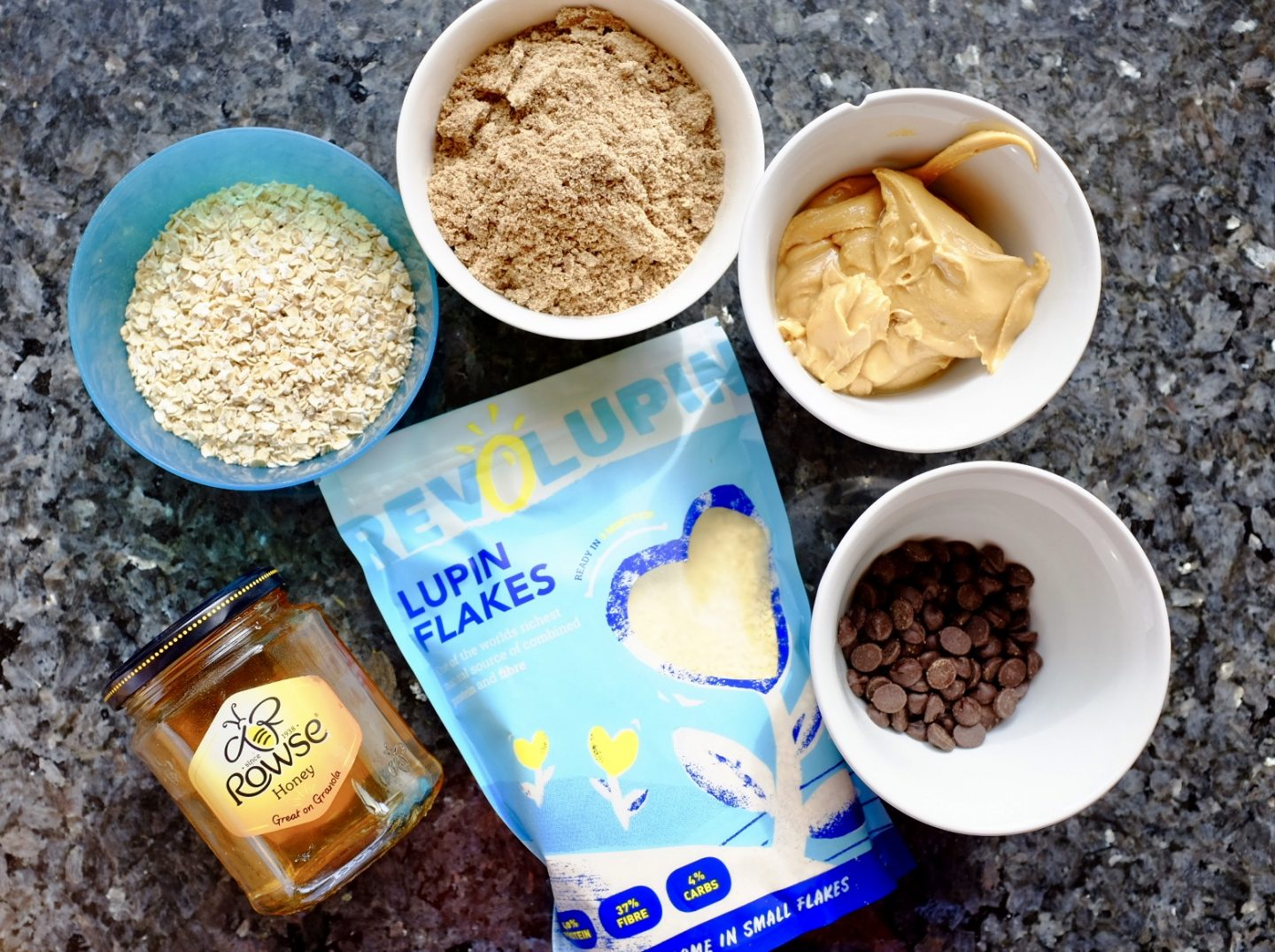 Energy balls high fibre with lupin flakes