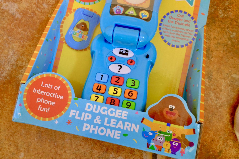 hey duggee flip and learn phone