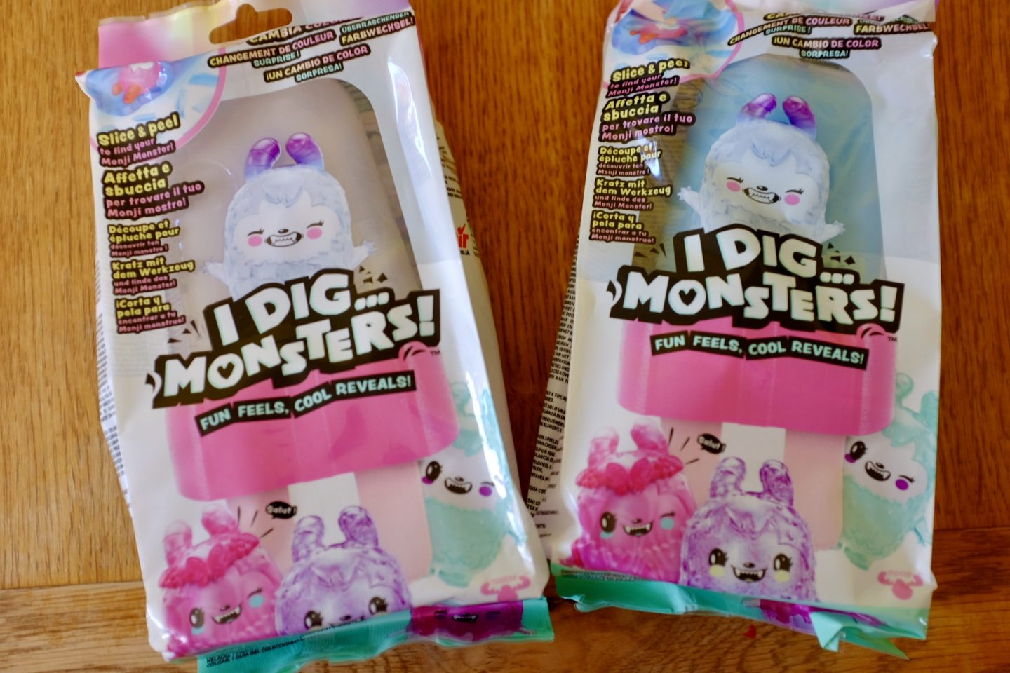 2 packets of I dig monsters