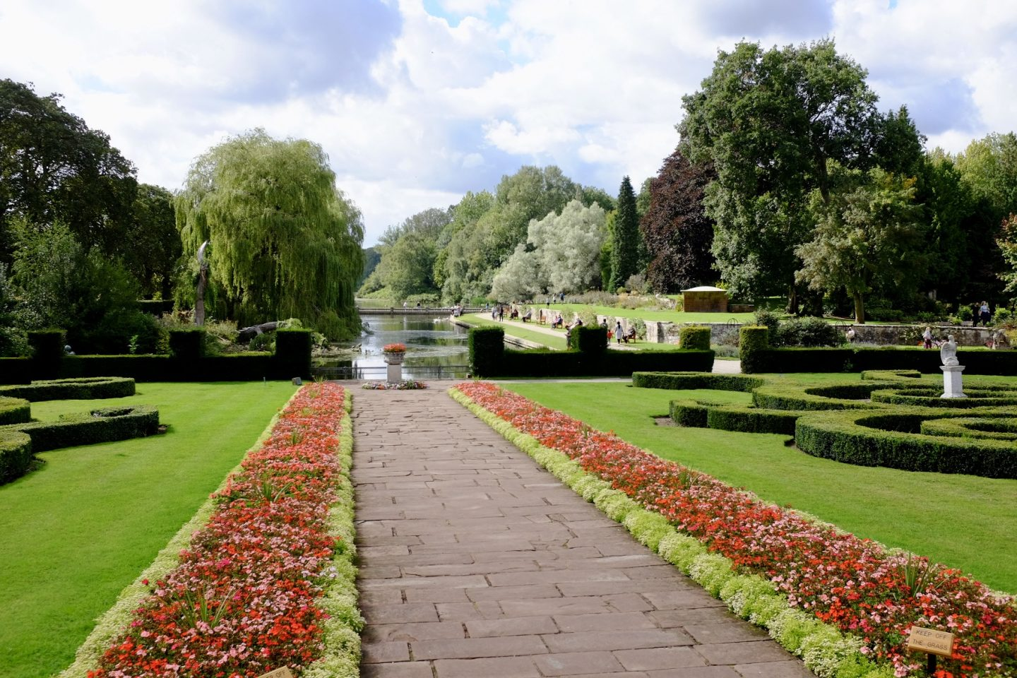 coombe abbey park water area