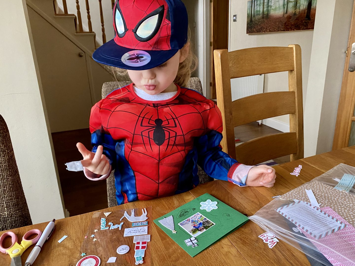 4 year old doing crafts