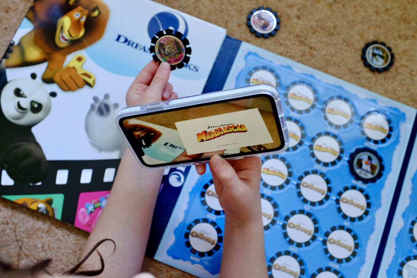 AR Discs REVIEW –  DreamWorks Augmented Reality Discs | AD