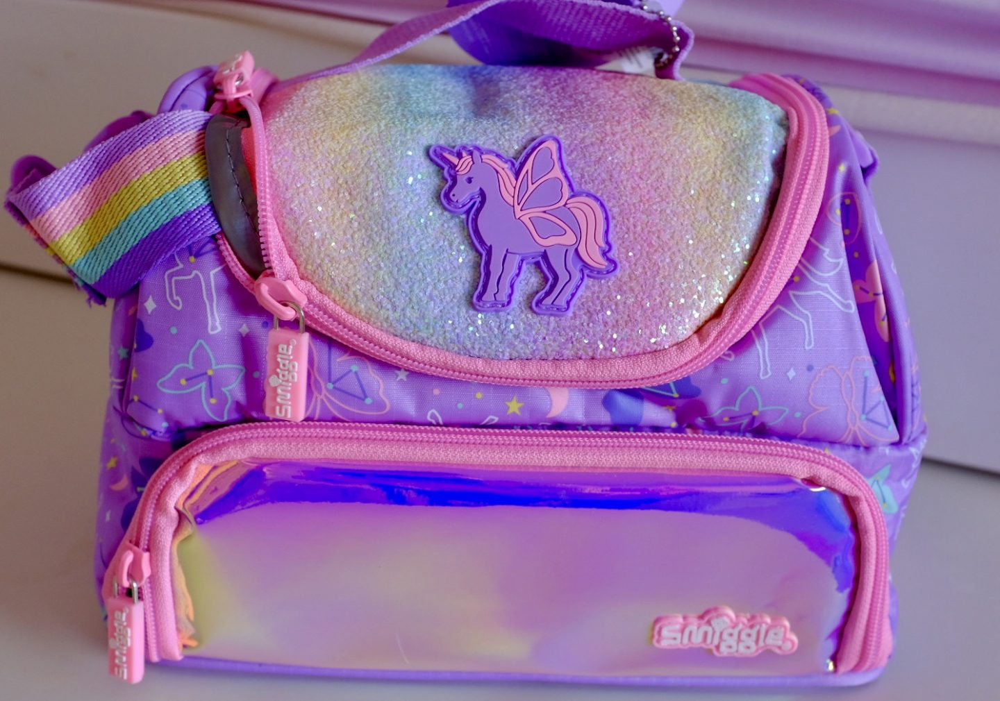 smiggle sky collection unicorn lunchbag