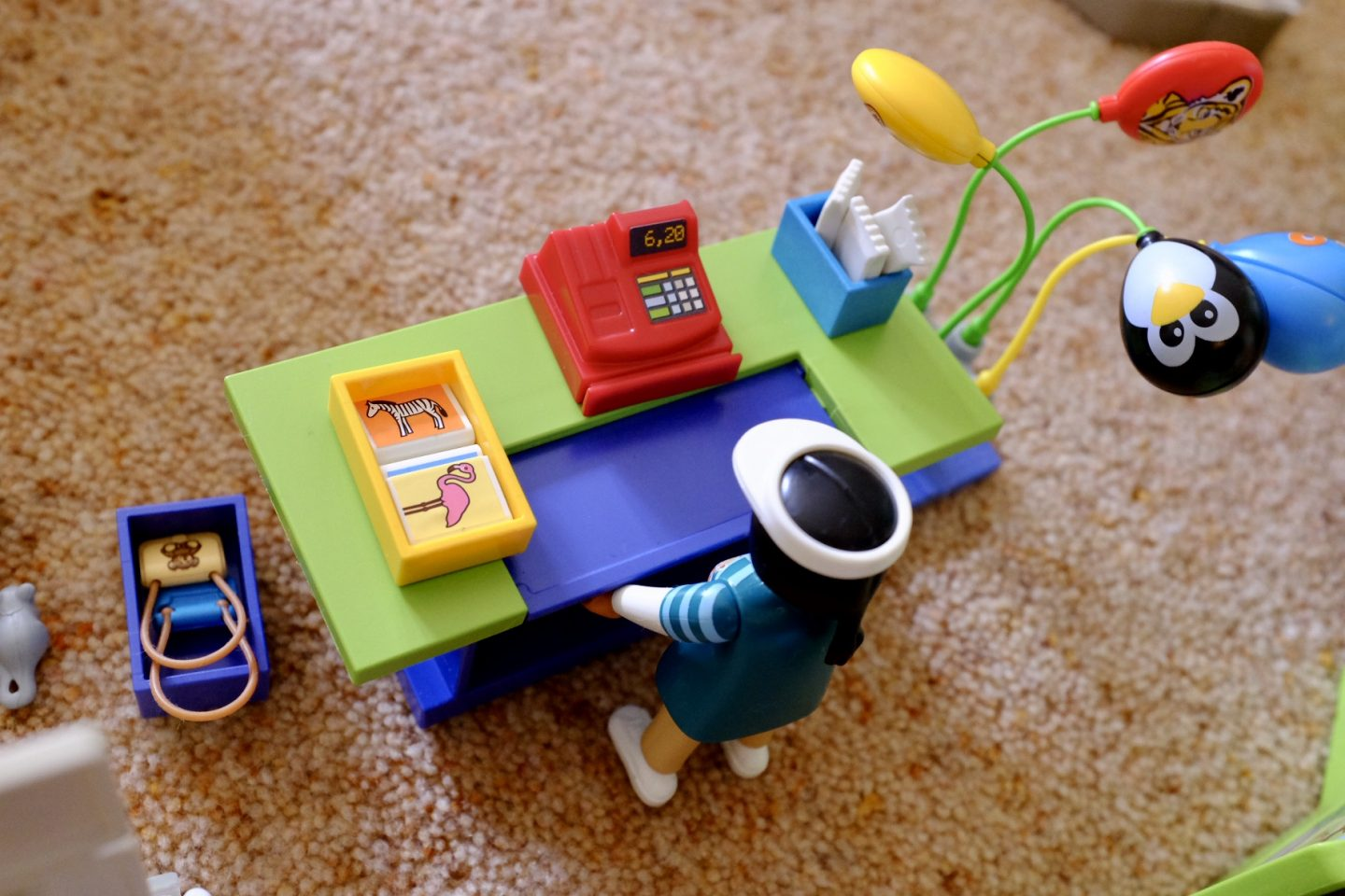 cash register in the Playmobil Family Fun Large City Zoo